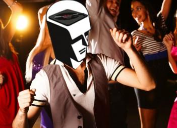 Mr. Turntablehead dancin'